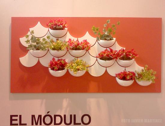 planter-wall-tiles-green-pockets-maruja-fuentes-viguie-diseno-retrospectiva-upr-autogiro-arte-actual