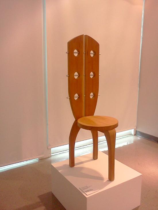 silla-de-mariposa-maruja-fuentes-viguie-diseno-retrospectiva-upr-autogiro-arte-actual