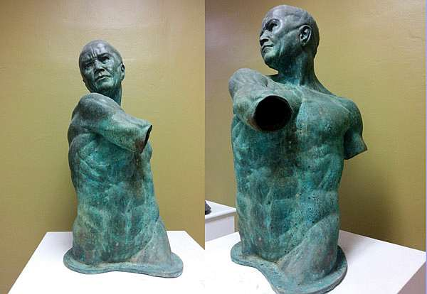 torso-desnudo-ana-margarita-basso-autogiro-arte-actual